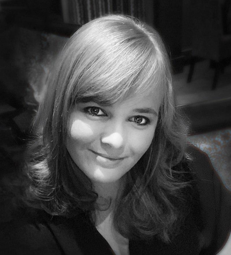 Meet the Artist: Alishia Hoyle Bridgeworks